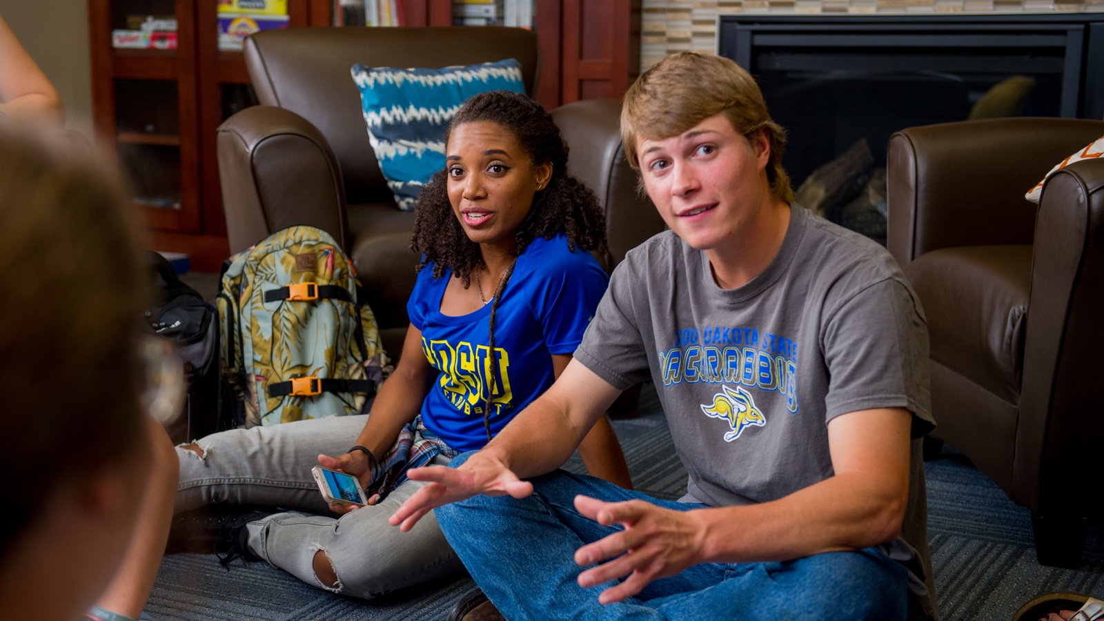 Featured Image for 6 Residence Hall Tips for Incoming Freshmen